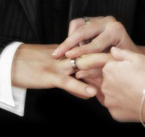 wedding-540905_1920