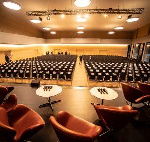 Neckarhalle Bühne